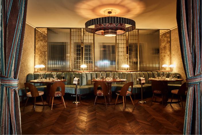 Supernova_restaurant_münchen_maxvorstadt_italienisch_dinner_abendessen_edel_schick